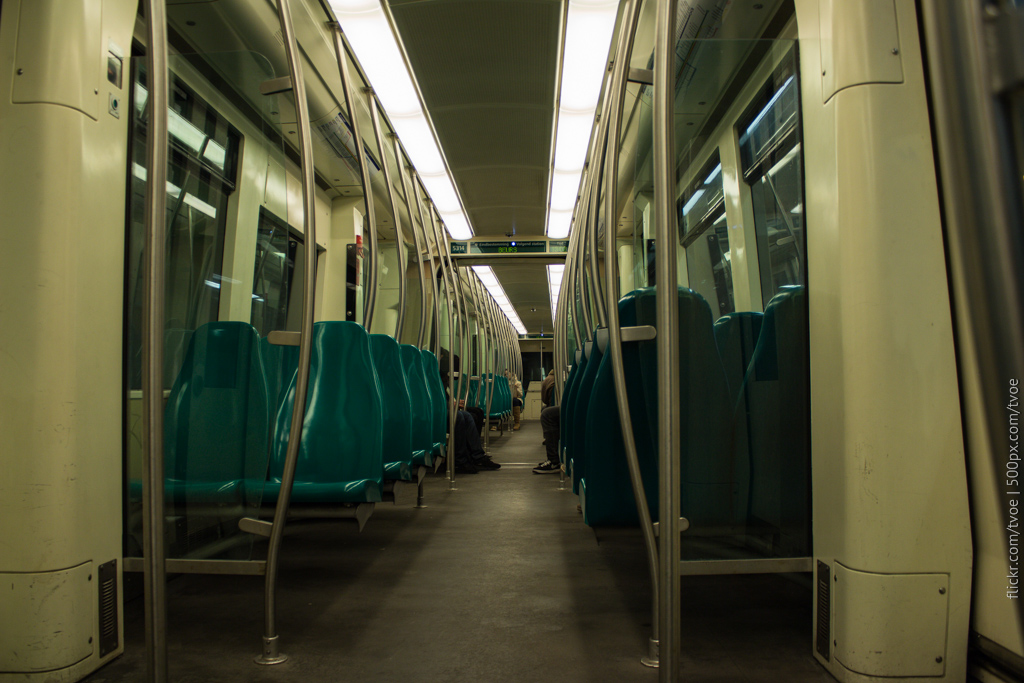 В вагоне роттердамского метро